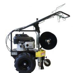 Enfouisseur de câble pour robots tondeurs